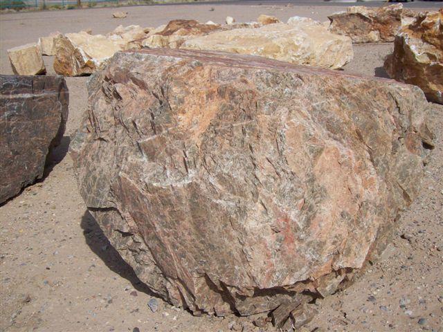 Desert-Driftwood-Boulder.jpg 640×480 pixels