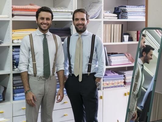 Fabio Attanasio and Gennaro Santillo Slow Tailoring, a collaboration project of 5 handmade shirts made in South Italy. #Santillo1970 #FabioAttanasio #THEBESPOKEDUDES #handmadeshirt