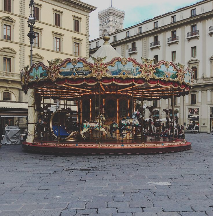 Ten things I loved about Florence, Italy (Pictured: the beautiful Antique Carousel found in the Piazza Della Repubblica)   www.WildeAtHeart.com