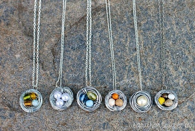 Perfect little gifts!: Mothers Day Gifts, Diy Necklaces, Gifts Ideas, Diy Birds, Birds Necklaces, Bird Nests, Bird Nest Necklace, Beads, Birds Nests Necklaces
