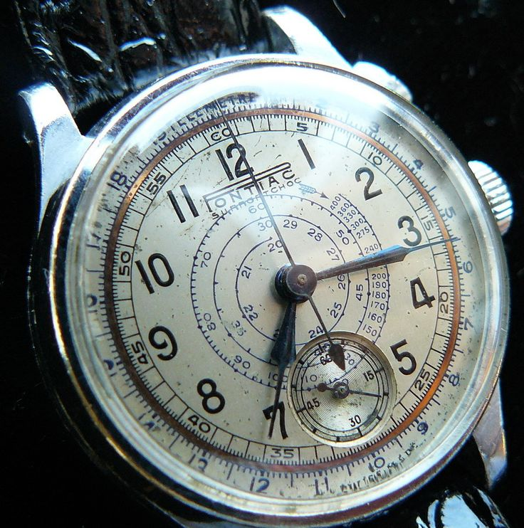 Classic vintage 1940's doctor's chrongraph with one pusher. Made by Pontiac, a small watch brand you can read all about here: http://www.sometimeago.com/the-smaller-watch-brands-pontiac/#