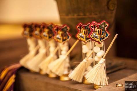 Balinhas para festa Harry Potter                                                                                                                                                                                 Mais