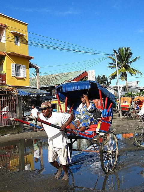 Tamatave Madagascar transportation (also called Toamasina) It is a town on the east coast - Indian Ocean.