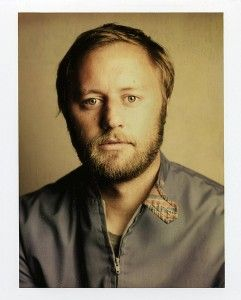 Rory Scovel: great set in Seattle at Bumbershoot 2014. Nice review at http://blogs.seattletimes.com/soundposts/2014/08/30/rory-scovels-off-the-cuff-comedy-gets-hearty-laughs-garofalo-struggles/