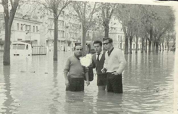 Sevilla (1952), inundación de la Alameda