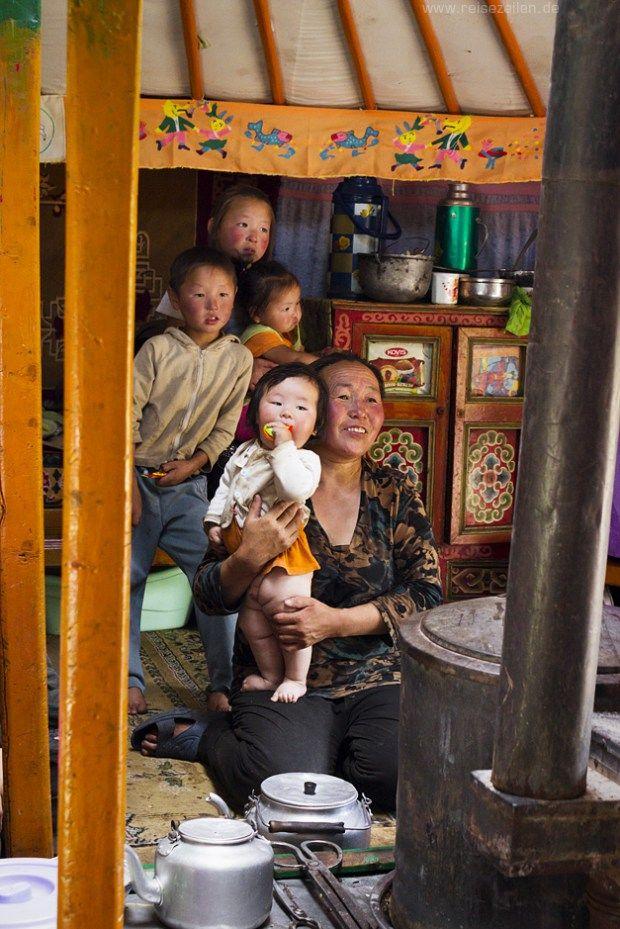 Was solltest Du über eine Reise in die Mongolei wissen? Hier findest Du jede Menge praktische Reisetipps und Erfahrungswerte von meiner Tour.