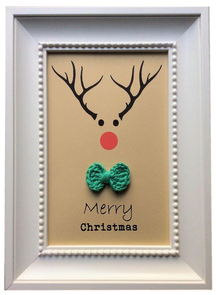 Kerstdecoratie / kerstkaart. Gehaakte strikje komt van http://daisycottagedesigns.net/