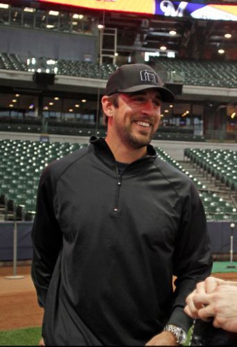 aaron rodgers beard...<3 Green Bay Packers.......  Oh my... as I wipe away the drool
