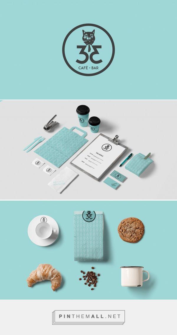 33 coffee Shop by Miguel Machado