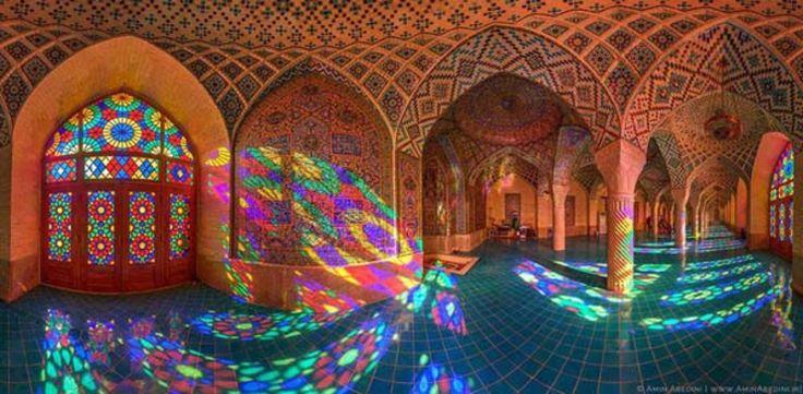La mezquita iraní Nasir al-Mulk, más conocida como la Mezquita Rosa, en toda su belleza | Ver Y Visitar