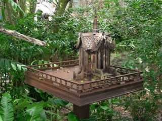 Asian Birdhouse | this is no ordinary bird house this is more of a mansion these amazing ...