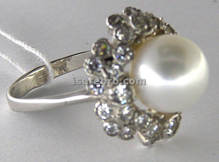 Серебряное кольцо женское со вставкой из жемчуга - 370 гривен, размер 19