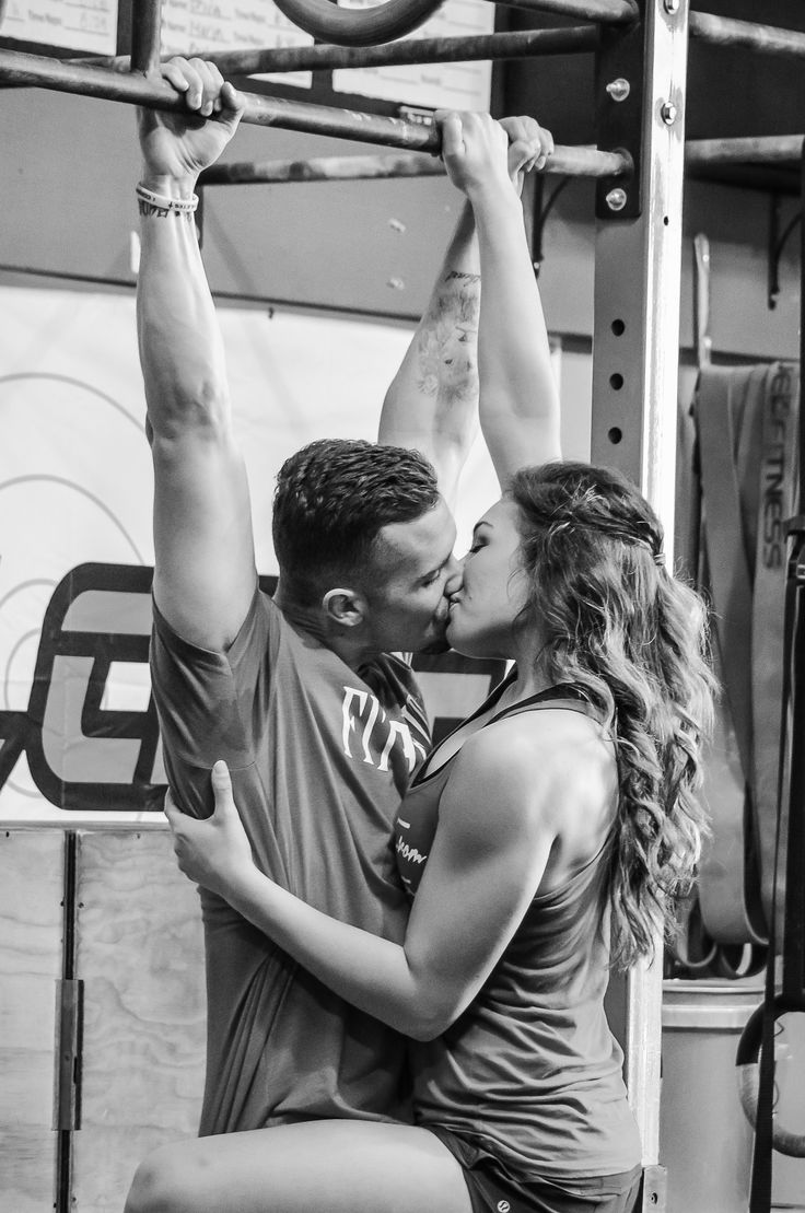 Crossfit engagement photo taken by Storyteller Photography