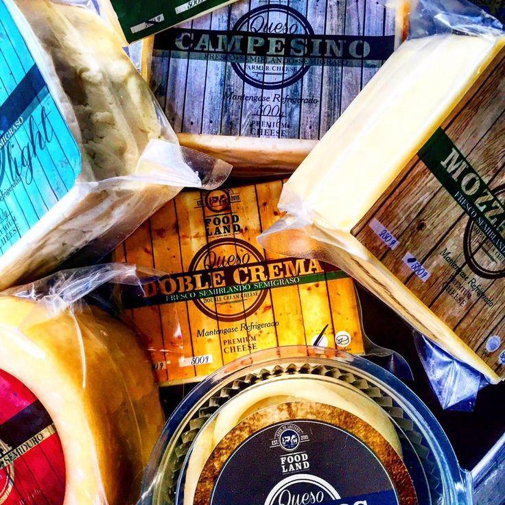 Nuestra gran variedad de Quesos incluye: Mozzarella, Doble Crema, Pera, Paipa, Fibra, Pasteurizado, 7 cueros