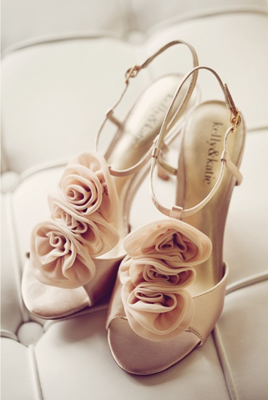 Such adorable shoes! Photo by: Project Duo PhotographyDuo Photography, Bridal Bliss, Adorable Shoes, Projects Duo, Adorable Heels, Pink Shoes, Bridal Beautiful, Sewing Ashley, Bridal Style