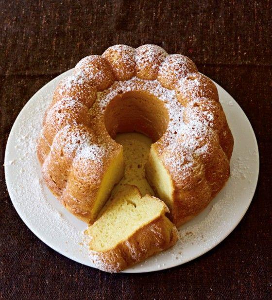 Kuchen geht immer. Besonders in der Adventszeit: Rum-Gugelhupf.