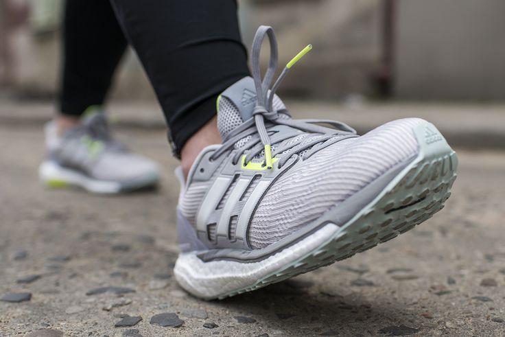 #Adidas #Supernova przeznaczony jest on dla osób z neutralnym typem stopy, biegających po utwardzonych nawierzchniach.