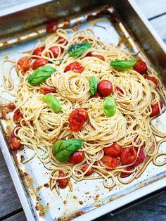 Sommarens enklaste och godaste pastarätt gör du på knappt 20 minuter. Ljuvligt gott.
