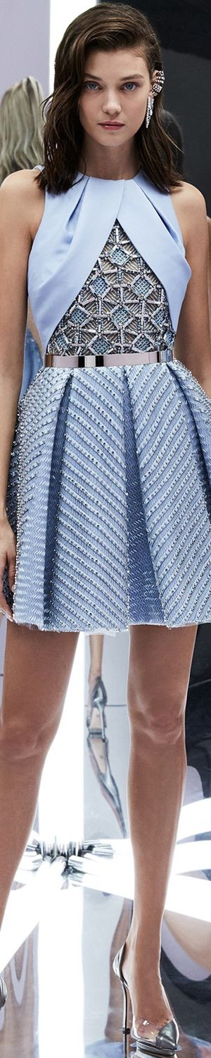 Great mixed use of texture www.2locos.com Zuhair Murad Spring 2017 RTW http://spotpopfashion.com/d4av