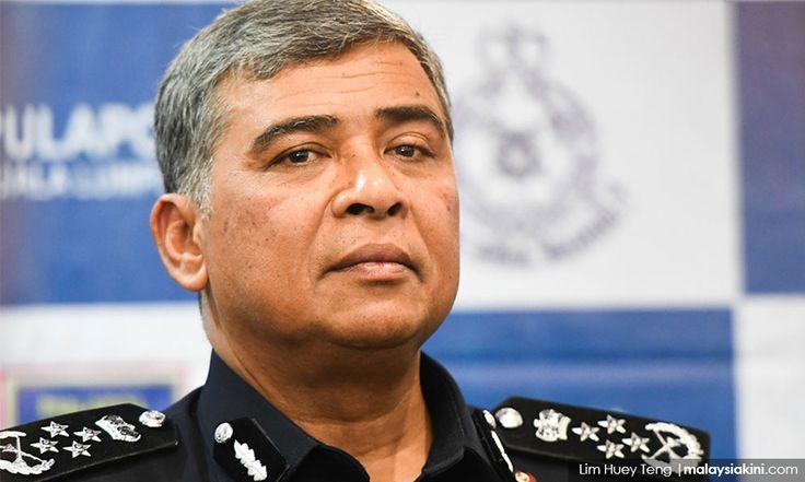 Tan Sri Khalid sudah sedia jadi orang awam ambil kelas memasak   Tan Sri Khalid Abu Bakar akan bersara secara rasminya daripada jawatan Ketua Polis Negara pada esok hari 4 September 2017.  Suatu majlis persaraan dan penyerahan tugas akan diadakan di Pusat Latihan Polis (Pulapol) Kuala Lumpur.  Mengulas persaraannya Khalid bersyukur kerana dapat berkhidmat dalam pasukan polisbegitu yang ditulis ruangan mingguan beliau di Harian Metro hari ini.  Saya diberi peluang untuk berjihad ke jalan…
