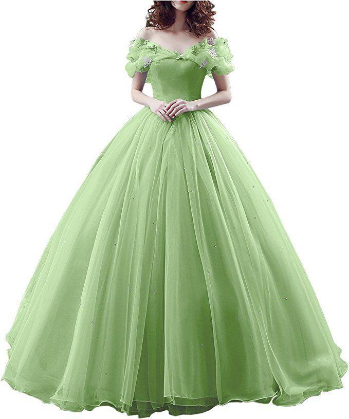 Marchenhochzeit Geplant Dann Schau Dir Dieses Traumhafte Brautkleid An Das Pompose Hochzeitskleid Wird Massgeschn Prinzessinnenkleid Abendkleid Schone Kleider
