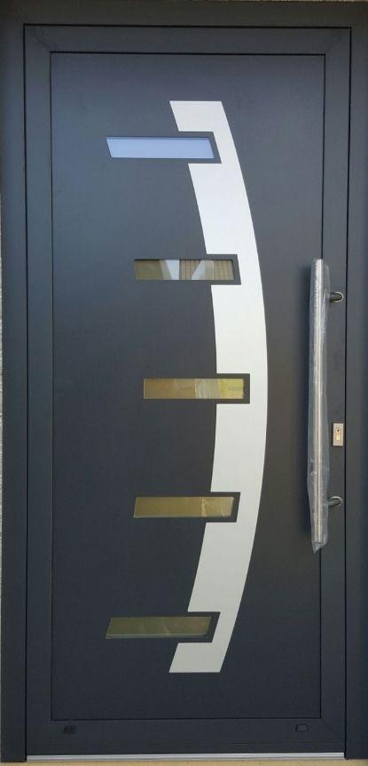 Vchodové dvere s HPL dvernou výplňou GAVA 885