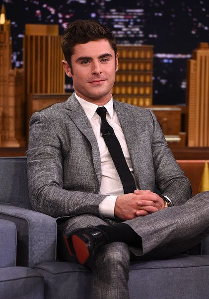 """Zac Efron Visits """"The Tonight Show Starring Jimmy Fallon at Rockefeller Center on August 17, 2015 in New York City."""