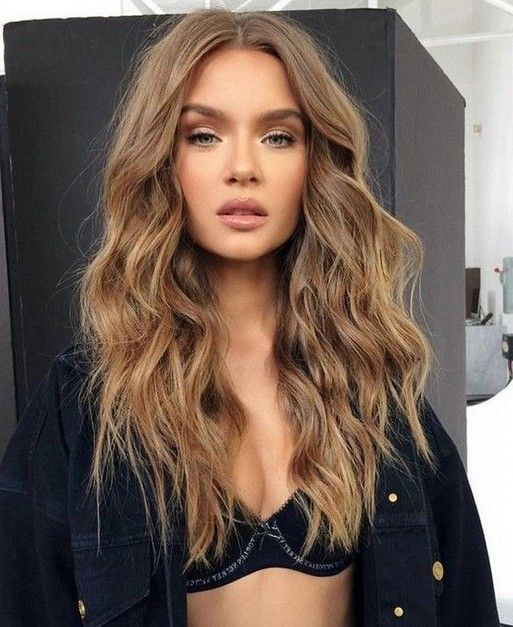 30+ Light Brown Hairstyle Looks Ideas For This 2020 #lightbrownhairstyle #hairstyleforwoman #hairstyleideas » Beneconnoi.com
