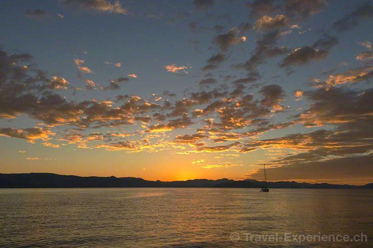 Reportage von unserem Wander-Segeltörn (fast) rund um die griechische Insel Korfu. Wir waren mit einem Oldtimer-Segler unterwegs...