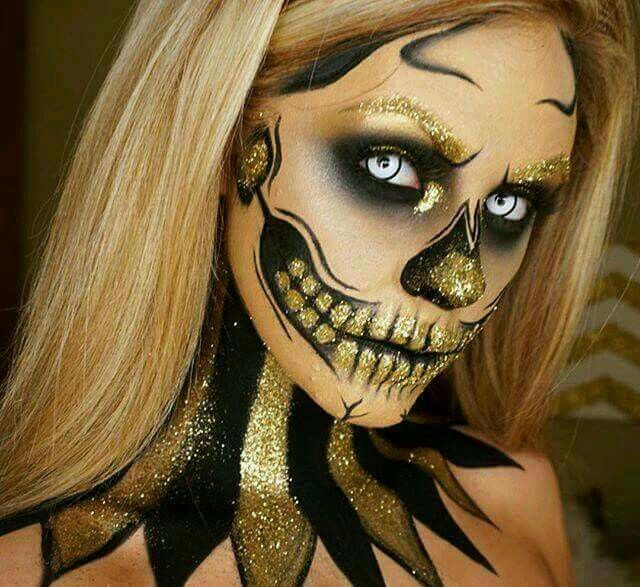 Glittery day of the dead make up #Halloween #MakeUp