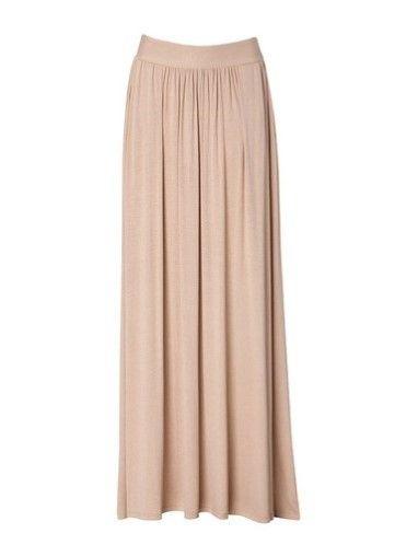 Falda larga tableada en tono corala claro, de Stradivarius