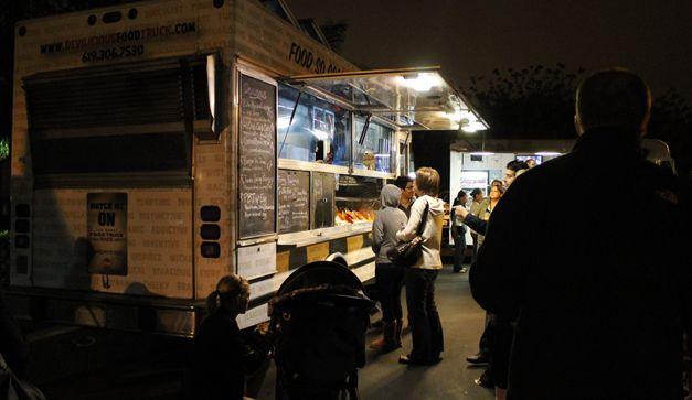 Food trucks por la ciudad (5 puestos móviles de comida en el DF). Acá van cuatro alternativas para comer rico sin esfuerzo.