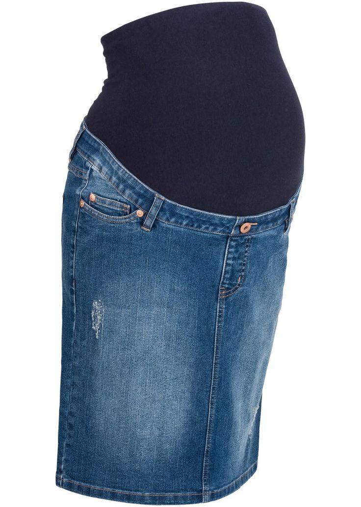 Jetzt anschauen: Der bequeme Umstandsrock aus Jeans passt sich dank eines elastischen Bauchbandes den verschiedenen Stadien der Schwangerschaft an. Aufgrund des dehnbaren Materials und des Komfortbundes ist dieser Jeansrock jederzeit angenehm zu tragen. Der Jeansrock verfügt vorne und hinten über die gewohnten Eingrifftaschen.