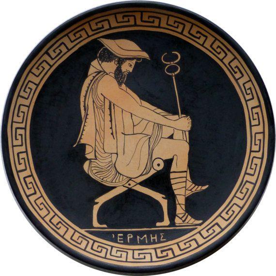 Hermes Ermete Mercurio l'astuto messaggero degli dei  Hermes gods' messanger #MITOliberty #greekpottery #ceramicagreca #piatto #plate #homedecor #MITOliberty