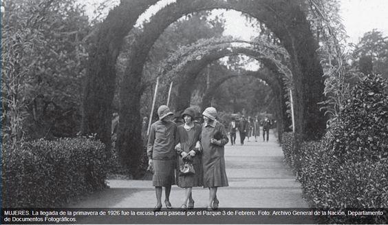 Parque Tres de febrero, día de la primavera 1926