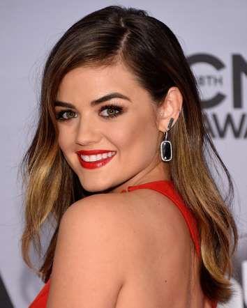 LUCY HALE. Si tu piel es clara sin llegar a ser pálida, como la de la actriz, entonces opta por el e... - Getty Images