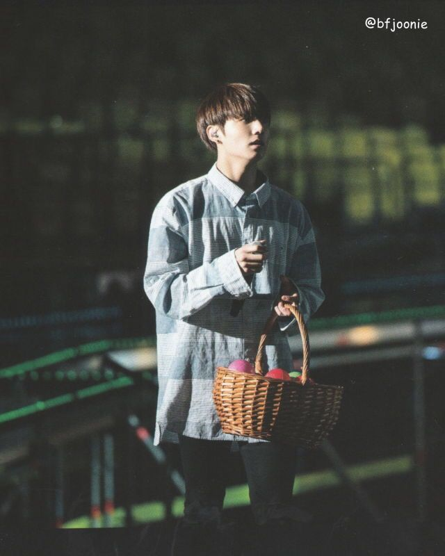 ⇢ Jeon Jungkook - 2016 BTS Live On Stage: Epilogue  Cr. on pic