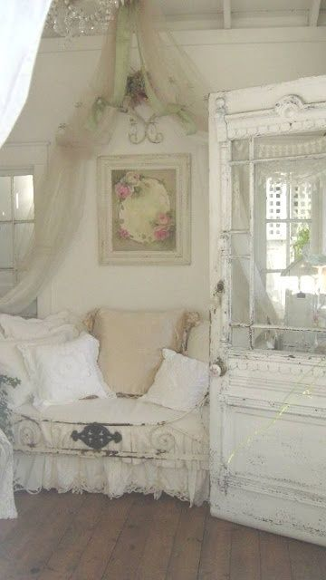 LOVE the shabby chic, vintage, cottage look by HJPC