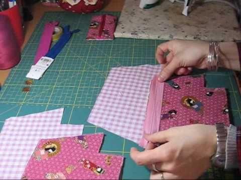 Nairamkitty DIY: Tutorial de como poner una cremallera para hacer un monedero, neceser, bolso, etc usando la máquina de coser. espero que os sea útil y os an...