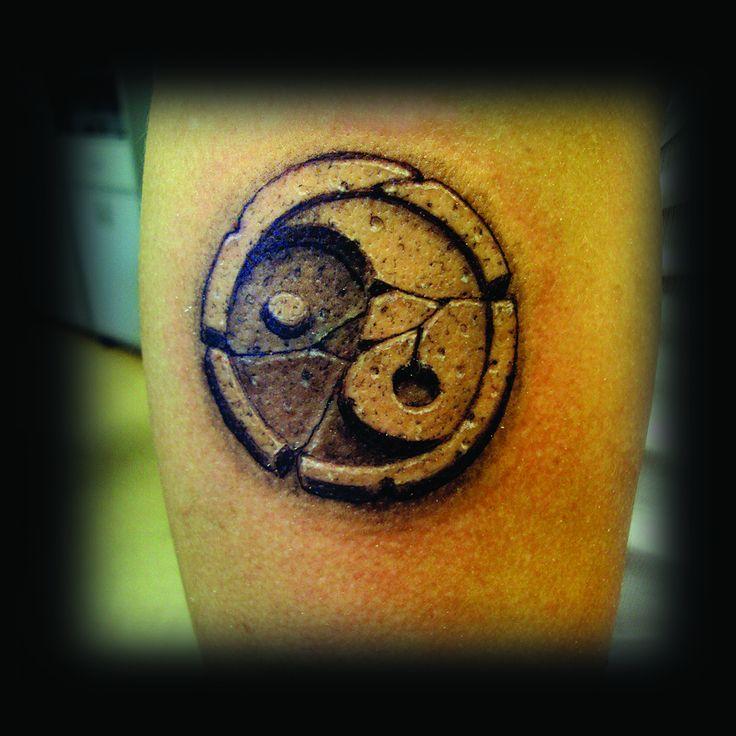33 besten tattoos ying yang bilder auf pinterest yin. Black Bedroom Furniture Sets. Home Design Ideas