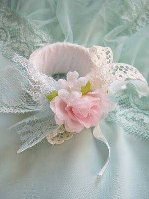 beautiful napkin ring