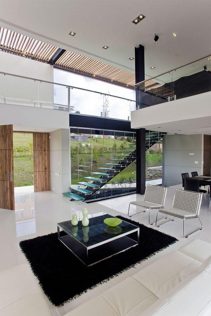 Carlos Molina has designed the Las Palmas House in Medellín, Colombia