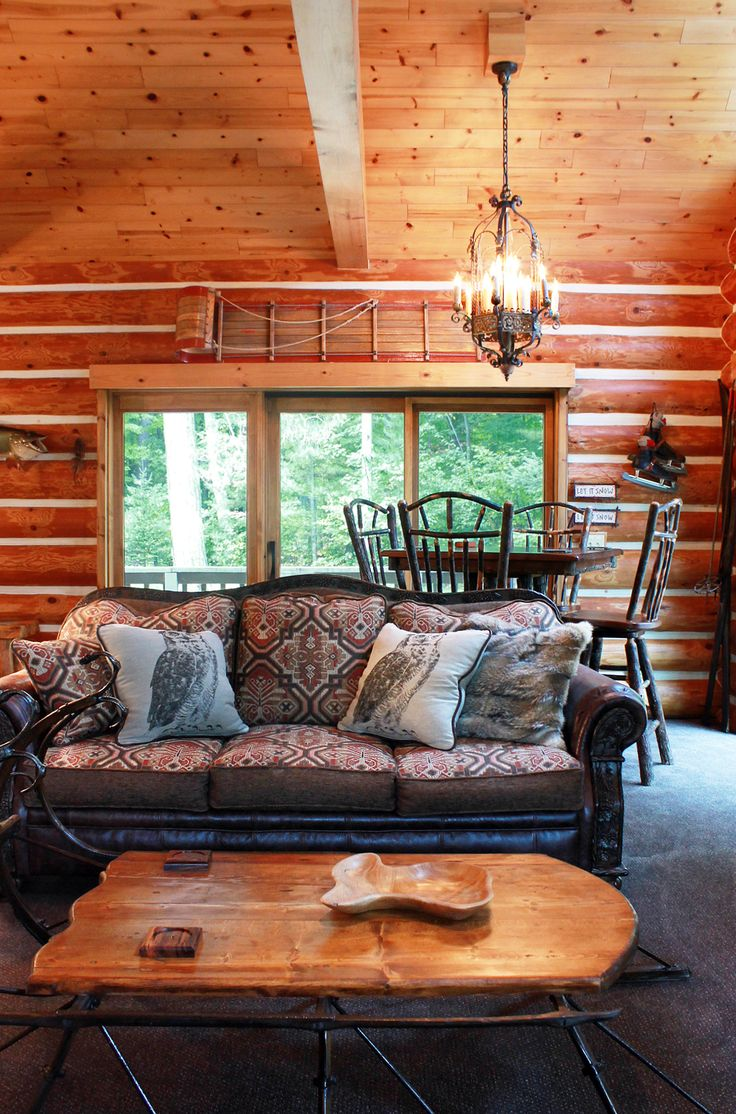 This Log Home/cabin Is Fully Furnished And Designed By Roughing It In Style.