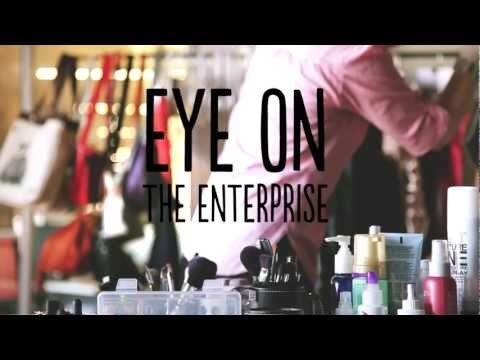"""""""I would tell my younger self that really, failure is OK, & that it's actually one of the most important things that you go through on your way to success."""" Emily Olsen, Co-Founder of Foodzie models along with 4 other fantastic entrepreneurial  women in our Our Eye on the Enterprise Photo Shoot!"""