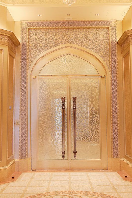 Emiratespalacehotel Dubai Etching Engraving Glass Decor Mirodec Lebanon Interiordesign Bespoke Decor Projects Engraving