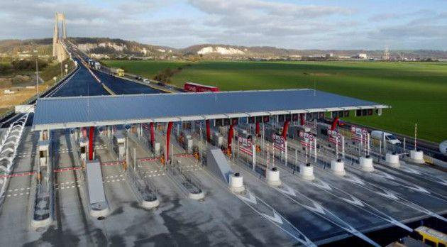 La nouvelle gare de péage de Tancarville, près du Havre (Seine-Maritime). (DR)