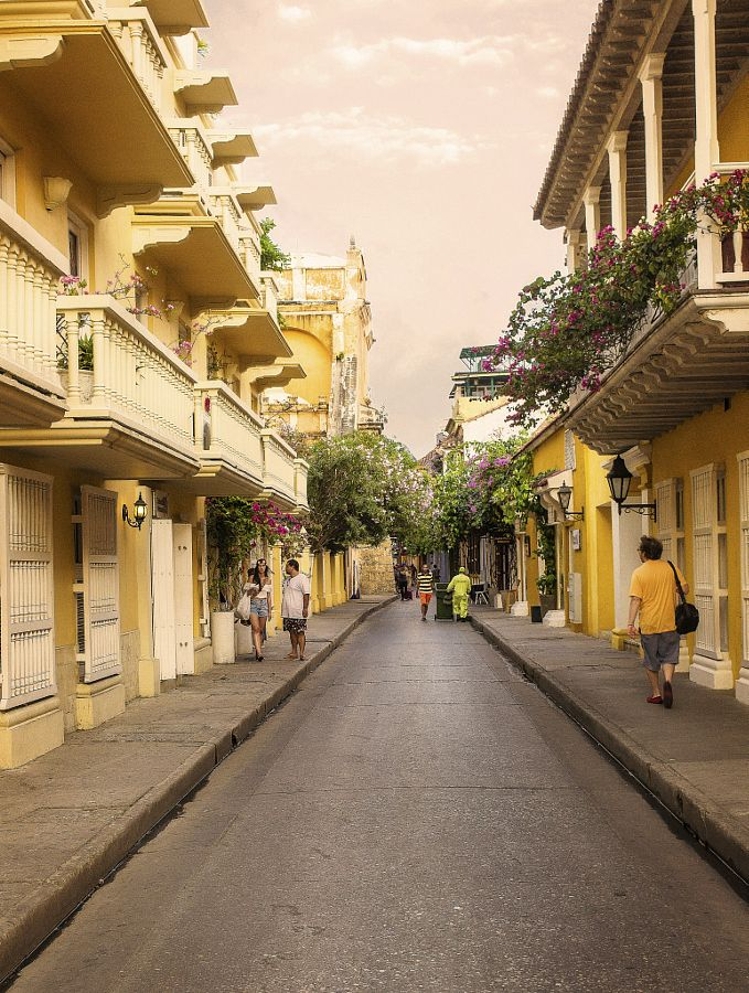 Colors of Cartagena by Alessandro Vegini (Colombia)