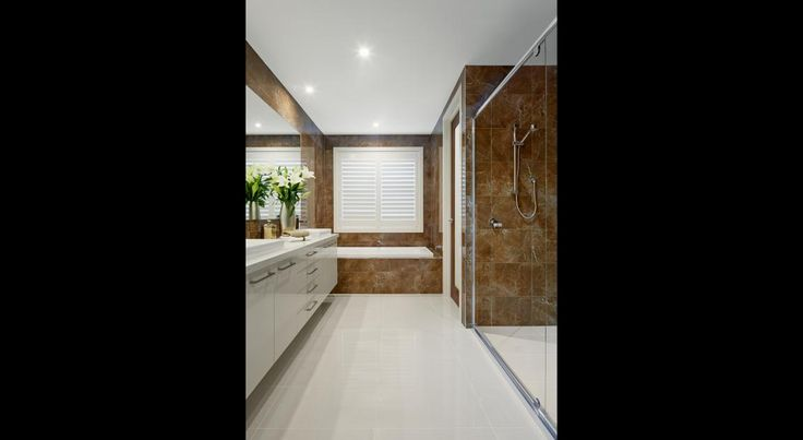 Master ensuite - Holiday home