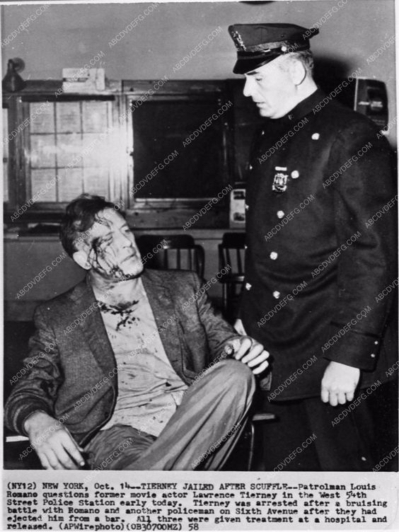news photo Lawrence Tierney ejected from bar starts fight with cops 1104-08