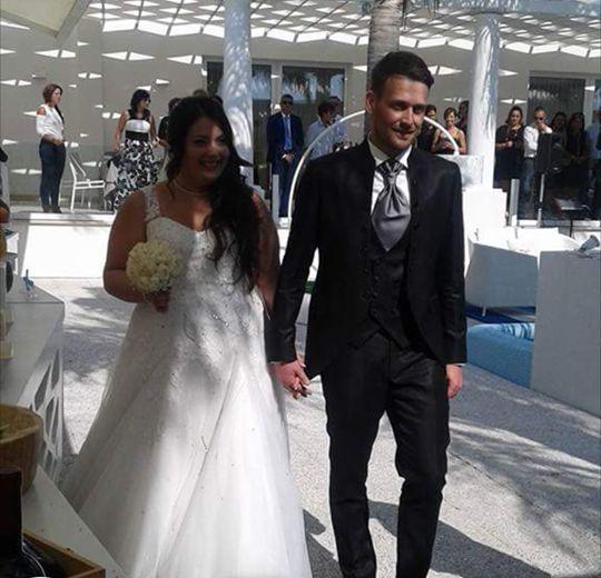 Storie di nozze Al Chiar di Luna: Iolanda e Roberto sposi evergreen. Inviaci la tua foto, per rivivere insieme il tuo giorno più bello #alchiardiluna #ilmatrimoniochestaisognando #sposievergreen